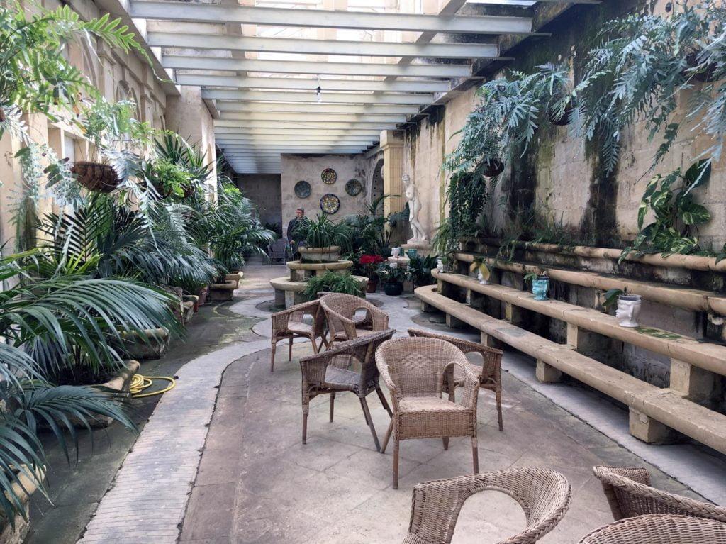 Ogród zimowy przy Palazzo Parisio w Naxxar na Malcie